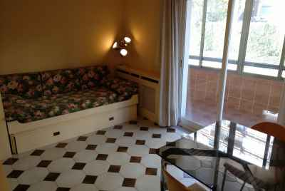 Spacious apartment with a terrace in Pedralbes area of Barcelona
